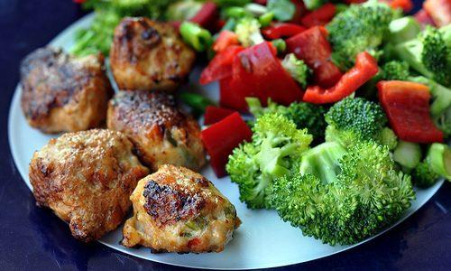 Lækker mad af kyllingefars?