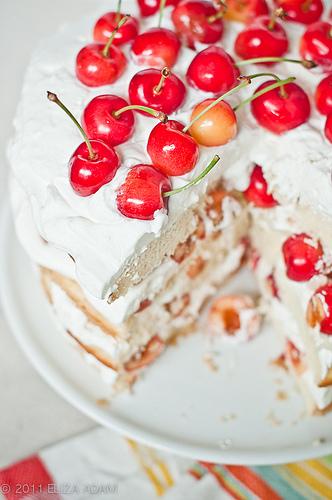 5999711501_f7bc4c8893_layer-cake