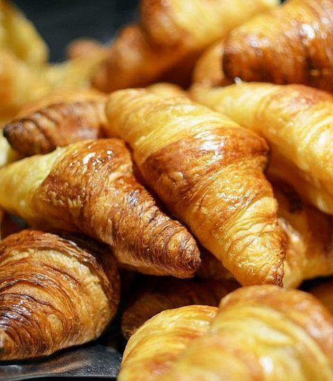 e835b0092bf21c3e81584d04ee44408be273e4d11ab2184297f6_640_croissant