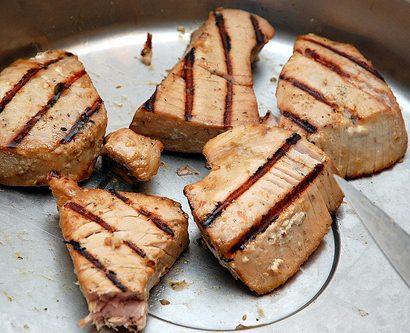4622293212_69e556b59c_tuna-steak