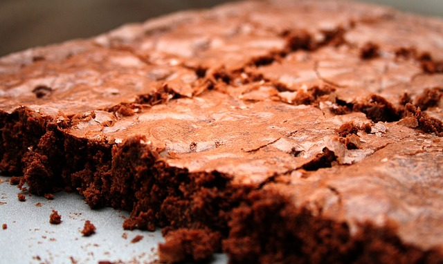 e837b20a2cf7013ecd0b470de7444e90fe76e6d31db1194893f7c3_640_blødende-chokoladekage