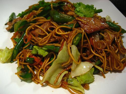3288324999_767d7659cb_thai-food