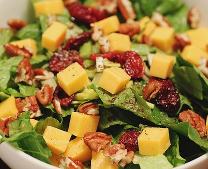 4253584120_5c590ac5cd_salads